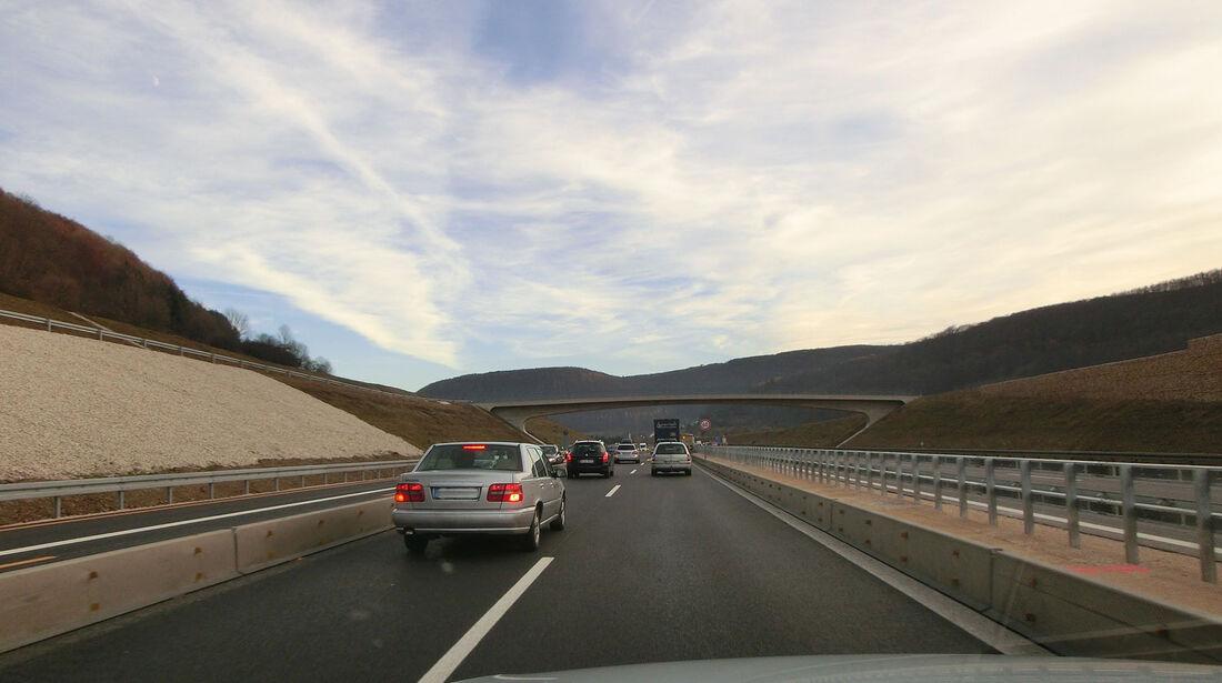 Autobahn Baustelle Linksfahrer
