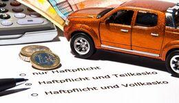 Autofahrer können in der Regel auch im Dezember noch ihre Kfz-Versicherung wechseln: Sonderkündigung bei Prämienerhöhung