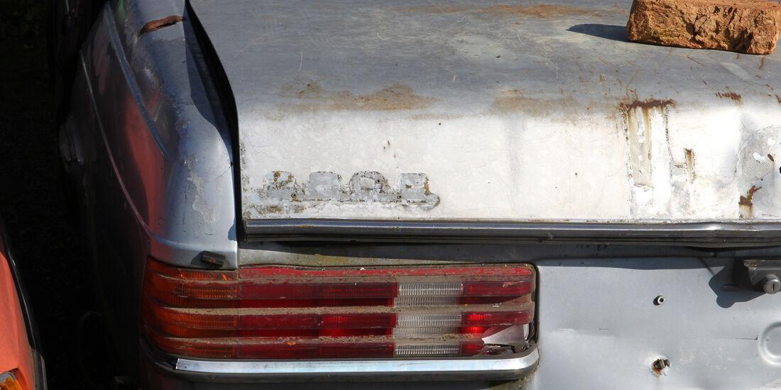 Autofriedhof Rust, Mercedes 280 C