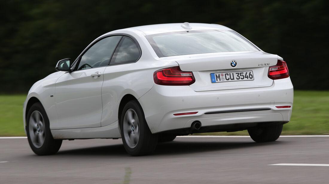 BMW 220i, Heckansicht