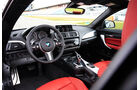 BMW 228i Coupé, Cockpit