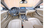 BMW 320i Touring, Cockpit, Lenkrad