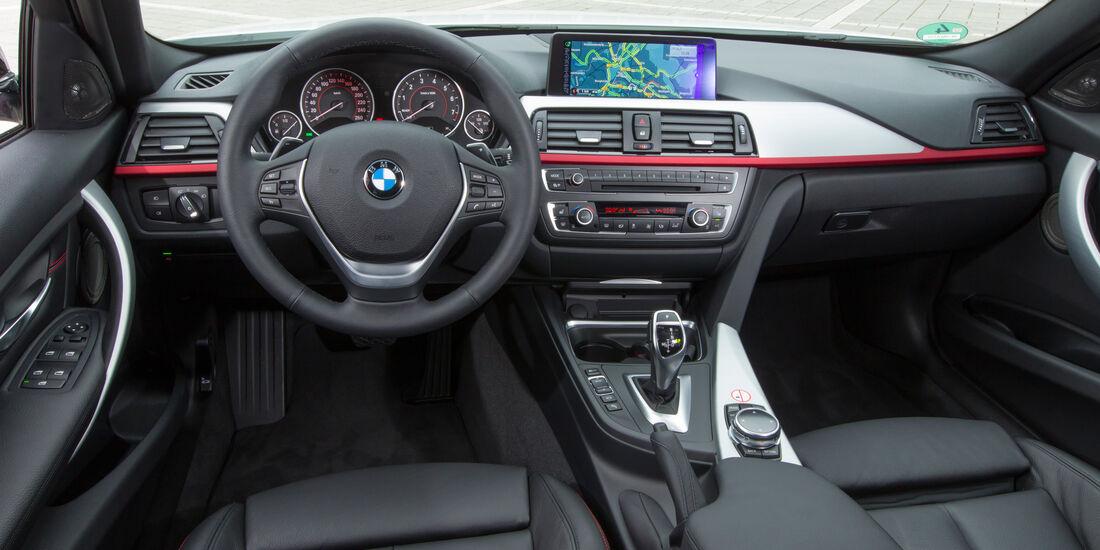 BMW 328i Touring,Cockpit