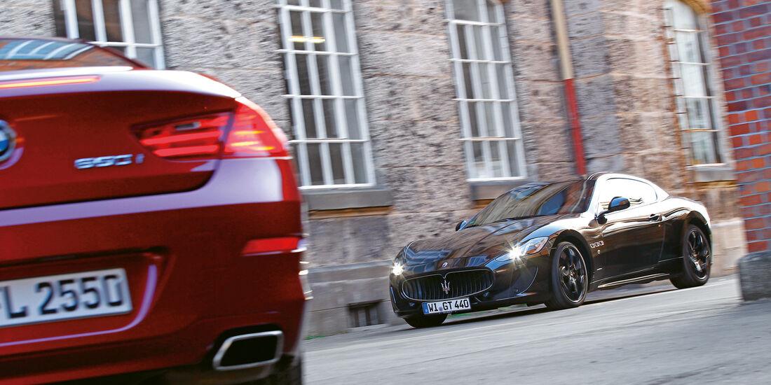 BMW 650i Coupé, Maserati GranTurismo Sport, Heck, Seitenansicht
