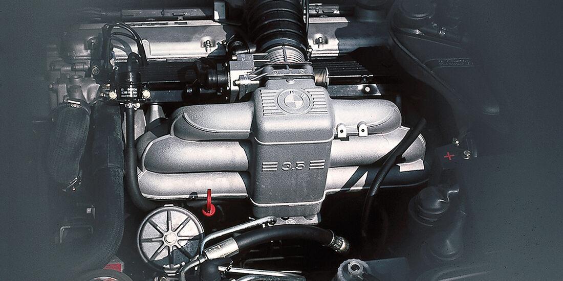 BMW 735i, Motor