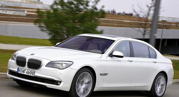 BMW 760i Und 760Li Neuer V12 Motor Fur Die 7er Reihe