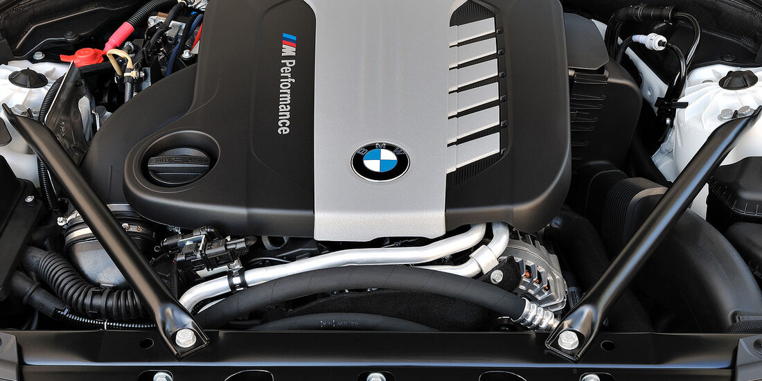 BMW 7er, Motor