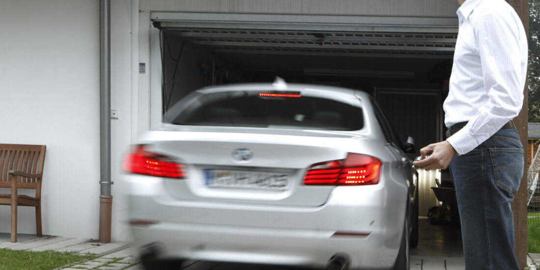 BMW-Assistenzsysteme, Einpark-Assistent