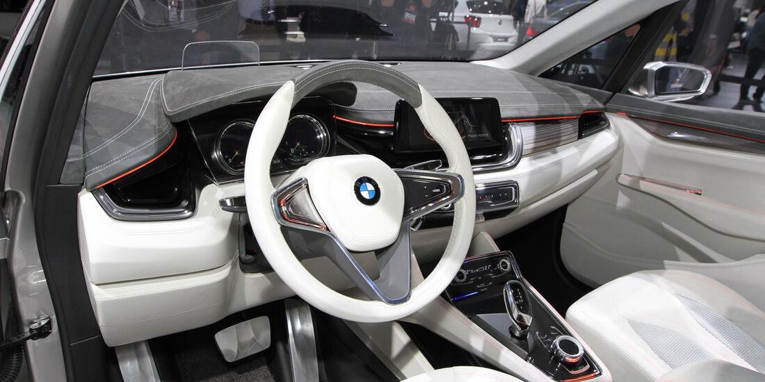 BMW Concept Active Tourer, Messe, Autosalon Paris 2012