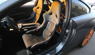 BMW M4 GTS, Sitze