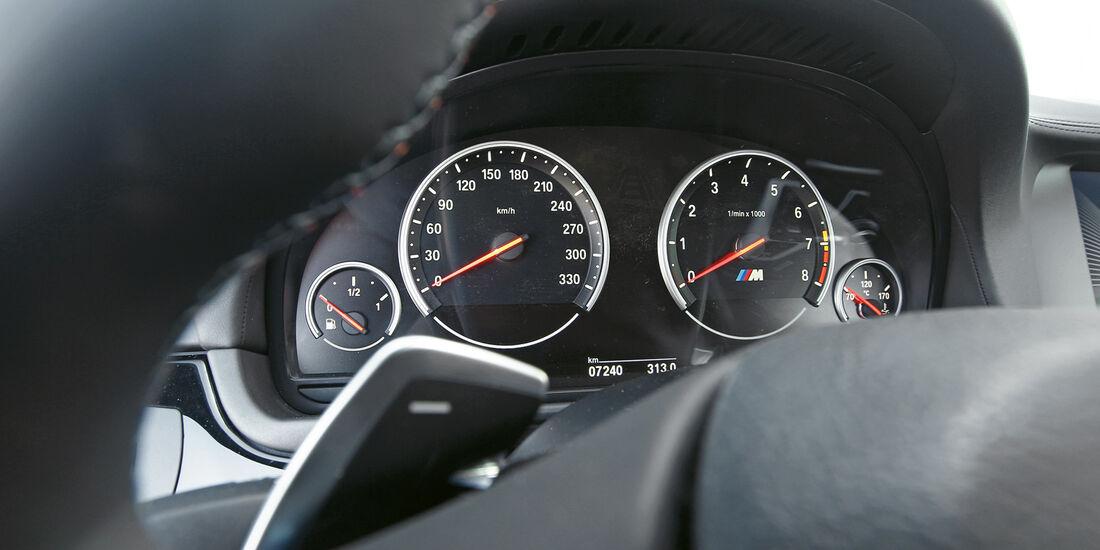 BMW M5, Rundinstrumente, Tacho