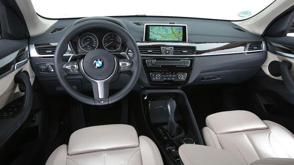 BMW X1 20d xDrive, Cockpit