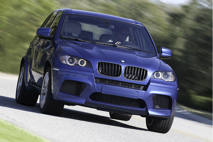 bmw x5 m mit 550 turbo ps bmw toppt den x5 mit m version. Black Bedroom Furniture Sets. Home Design Ideas