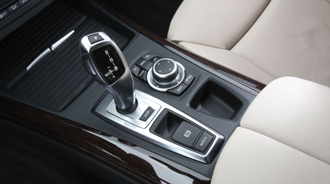 BMW X5 x-Drive 30d, Achtstufenautomat, i-Drive