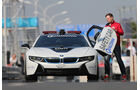 BMW i8 Safety Car, Flügeltür