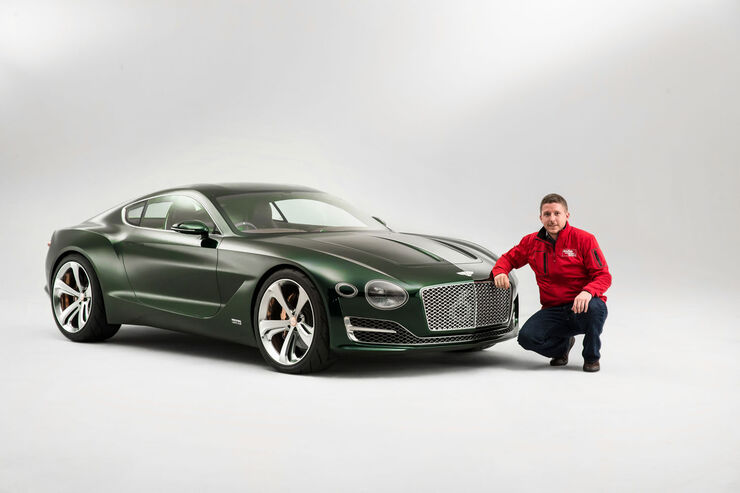 Bentley EXP 10 Speed 6 - Sitzprobe - Conceptcar - Studie - Sportwagen - 02/15