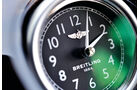 Bentley Flying Spur, Uhr, Breitling