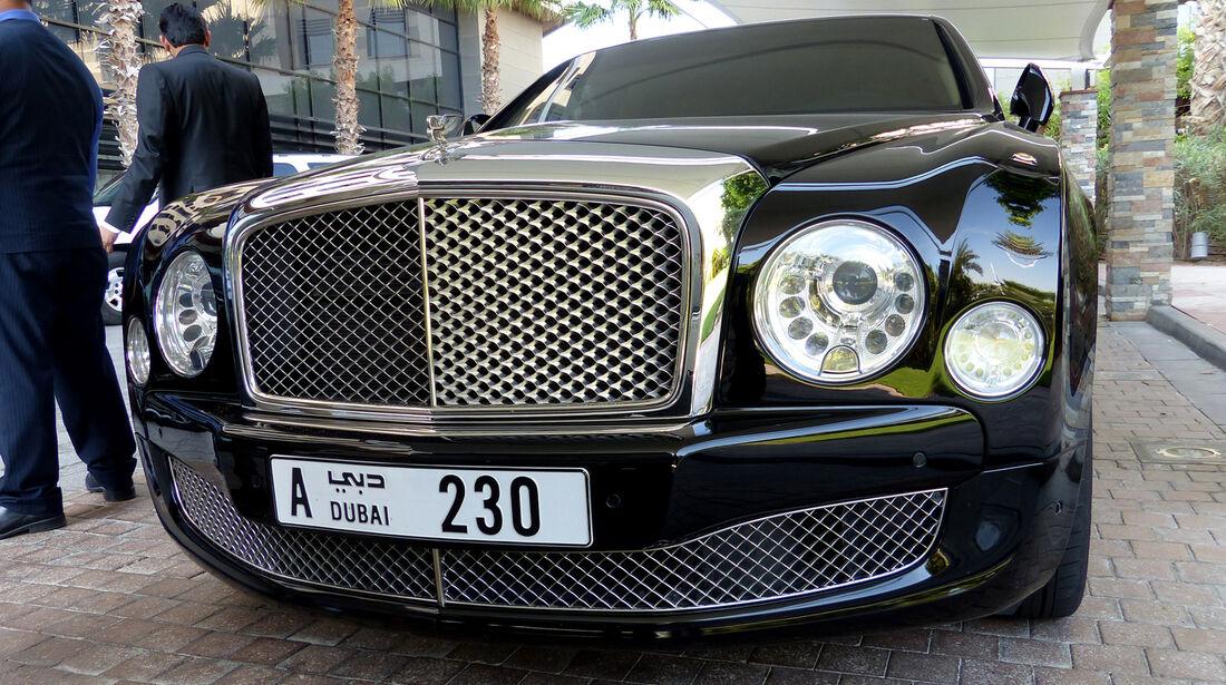 Bentley Mulsanne - F1 Abu Dhabi 2014 - Carspotting