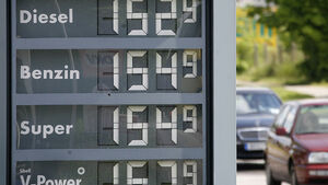 Benzinpreis, Tankstelle