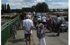 Besucher auf Autobahn A40