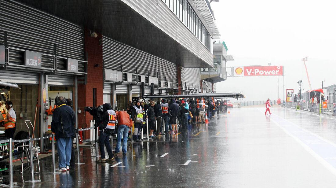 Boxengasse - Formel 1 - GP Belgien - Spa-Francorchamps - 31. August 2012