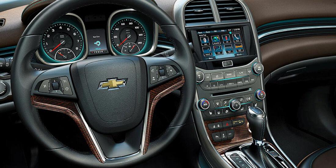 Chevrolet Malibu 2012, Cockpit