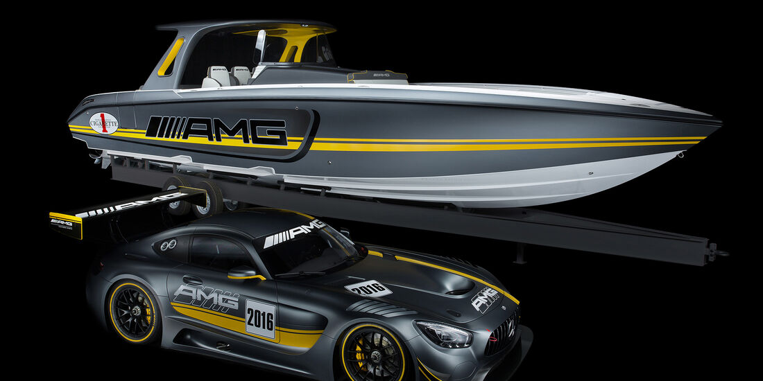 Cigarette Racing Team 41' SD GT3 Boot