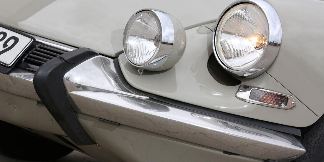 Citroën DS, Frontscheinwerfer