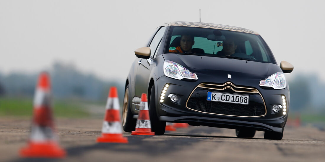 Citroën DS3 Racing Edition 2013, Frontansicht, Slalom