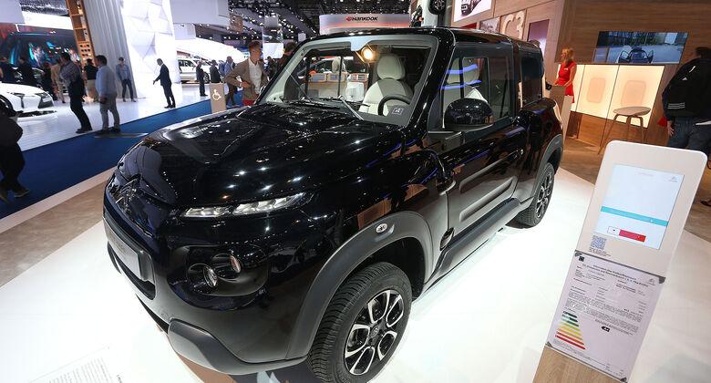 Citroën E-Mehari styled by Courrèges