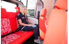 Citroen E-Mehari Fond mit Passagier