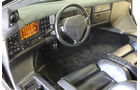 Cockpit des Vector W8