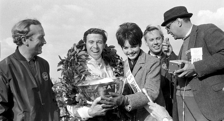 Colin Chapman - Jim Clark - Lotus - Keith Duckworth - Watkins Glen 1967