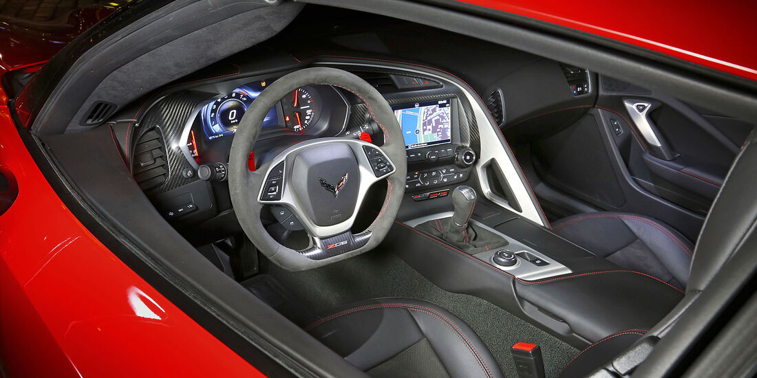 Corvette Z06 - Sportwagen - Cockpit - Test