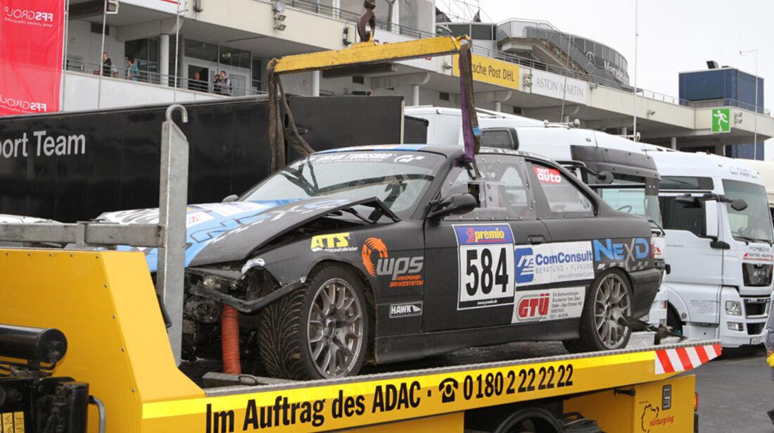 Crash, Abschlepper, VLN, Langstreckenmeisterschaft, Nürburgring