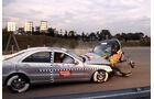 Crashtest Mercedes S-Klasse vs. Smart