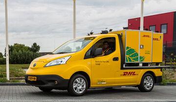 DHL Post Nissan NV200 Postauto