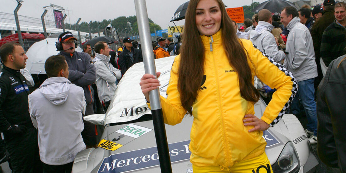 DTM Norisring 2011 Grid Girl