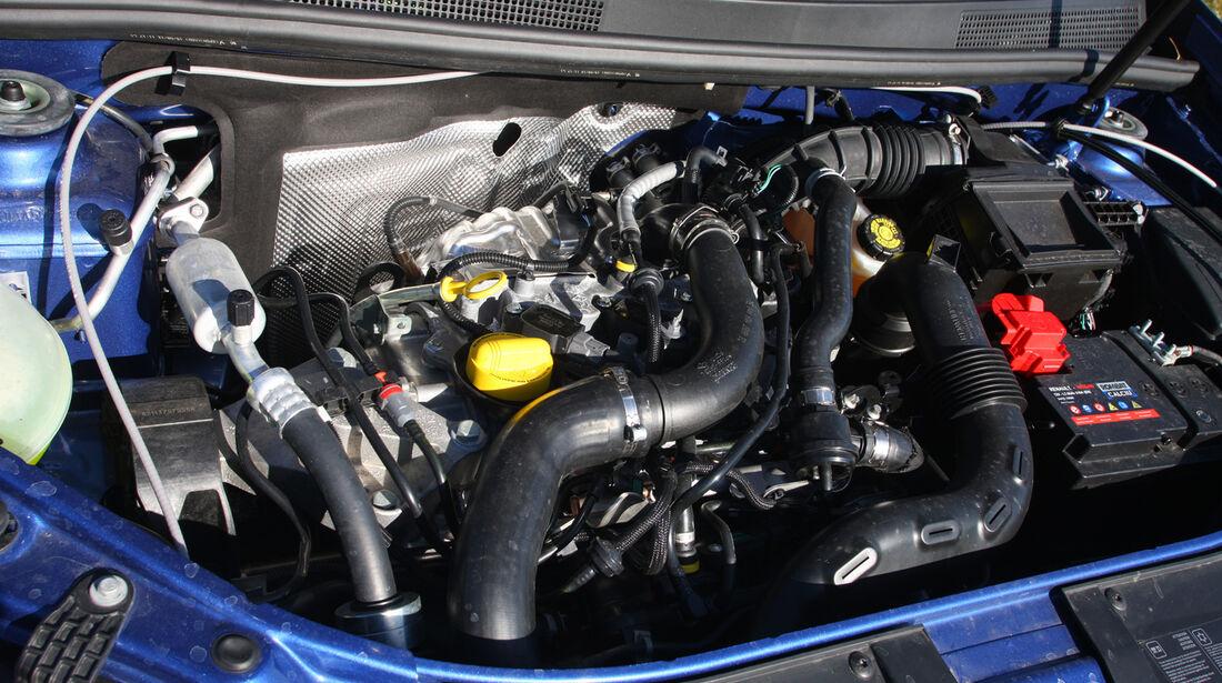 Dacia Sandero, Motor