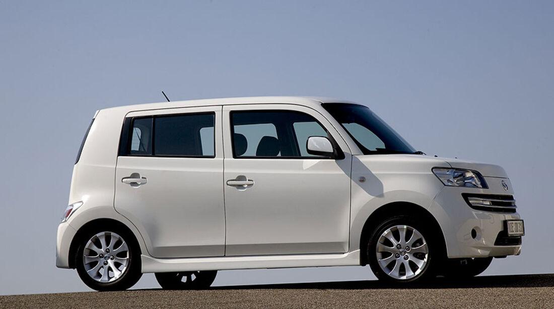 Daihatsu Materia in Weiß