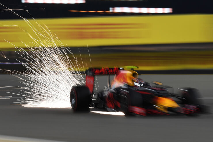 Daniil Kvyat - Red Bull - Formel 1 - GP Bahrain - 2. April 2016