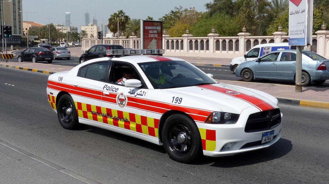 Dodge Charger Police Car - Carspotting Bahrain 2014