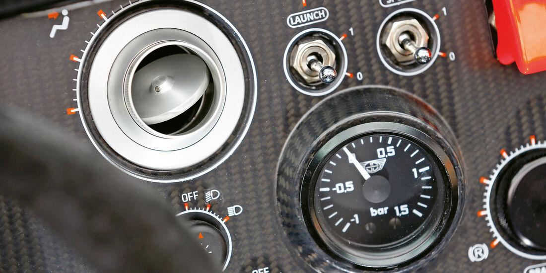 Donkervoort D8 GTO Performance, Rundinstrumente