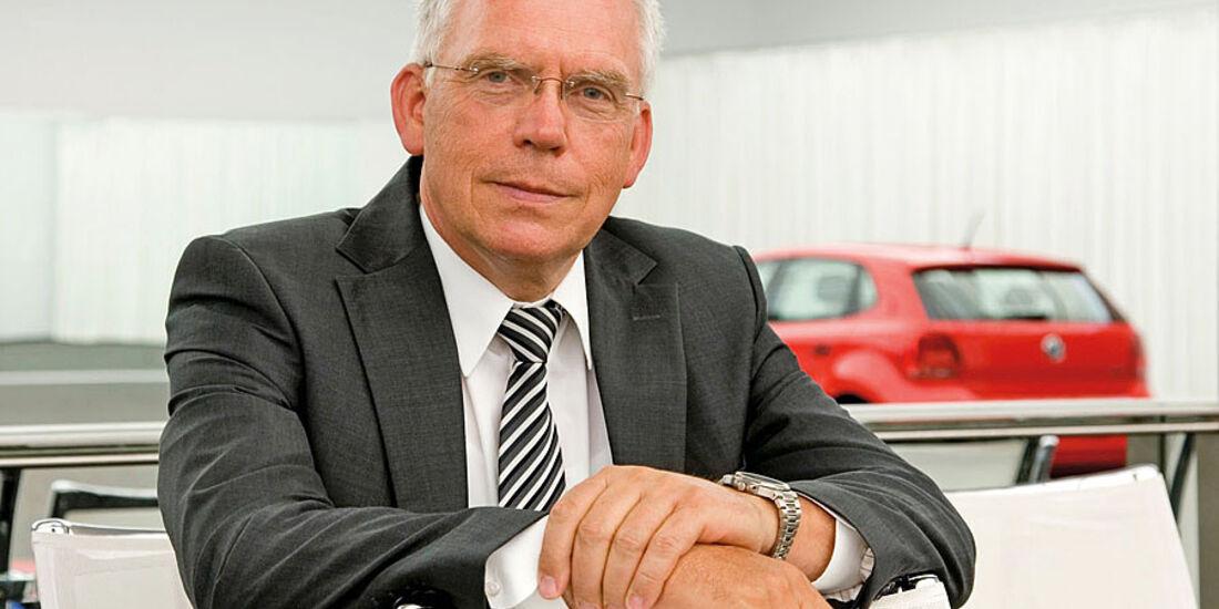 Dr. Ulrich Hackenberg, Mitglied des Markenvorstands Volkswagen, Geschäftsbereich Entwicklung