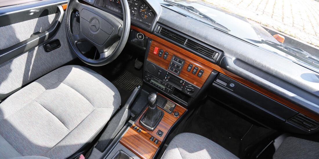 Einkaufs-Tour, Mercedes 300 GD, W 463, Cockpit