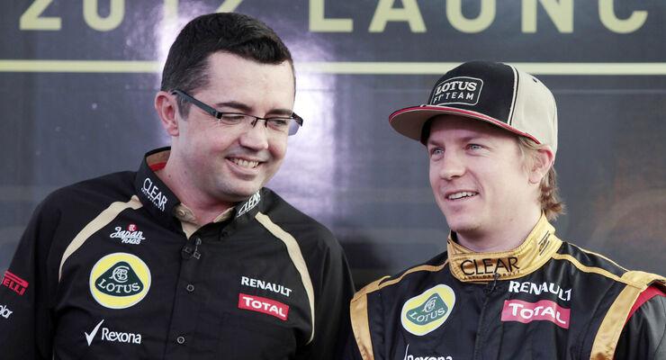 Eric Boullier Kimi Räikkönen Lotus 2012