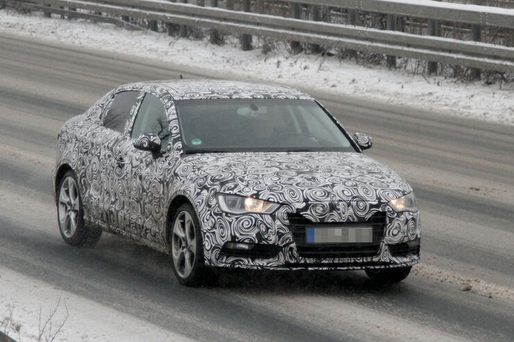 Erlkönig Audi A3 Stufenheck