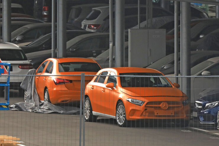 Erlkoenig-Mercedes-A-Klasse-fotoshowBig-