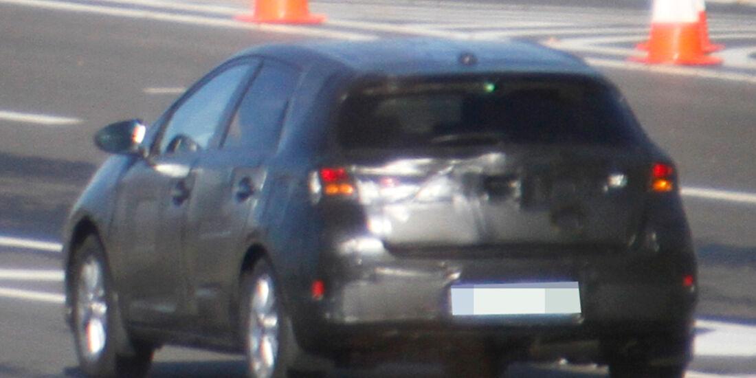 Erlkönig Toyota Auris