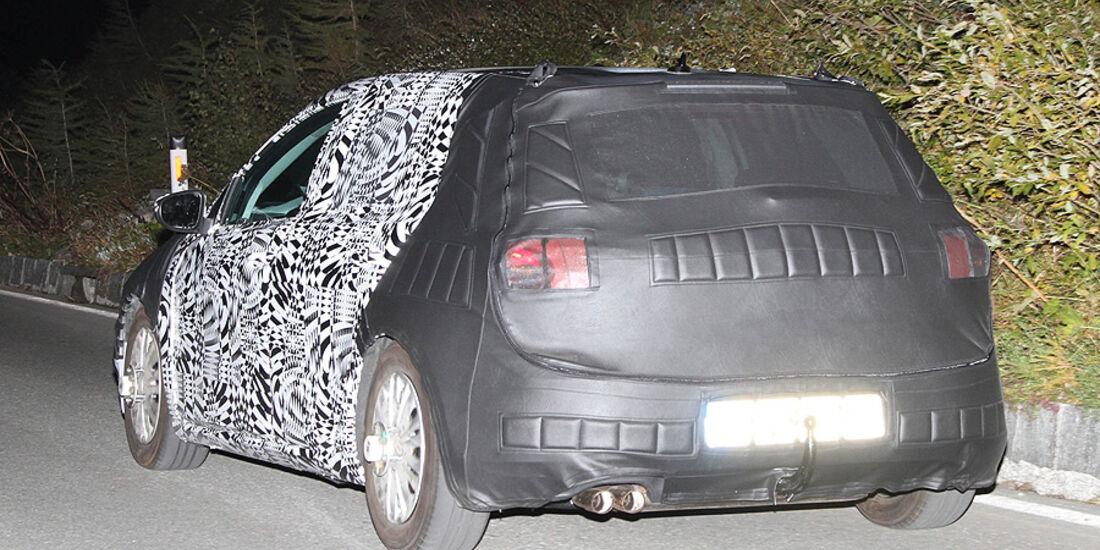 Erlkönig VW Golf VII